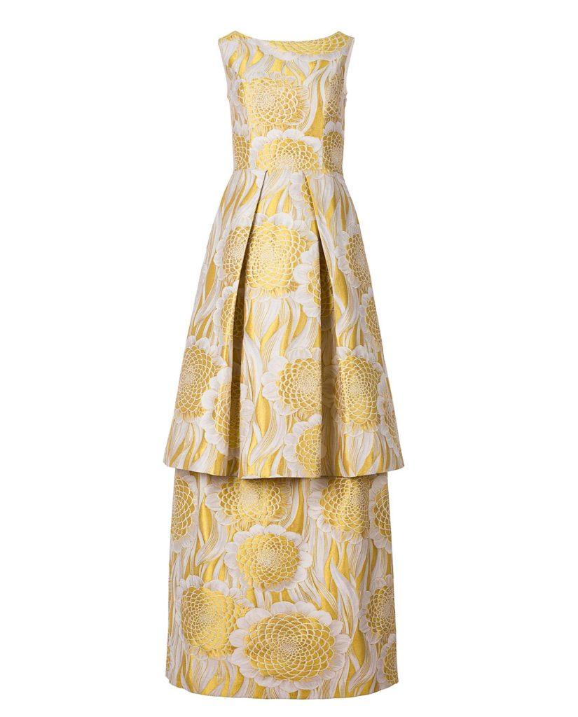 Vista frontal del vestido largo jacquard