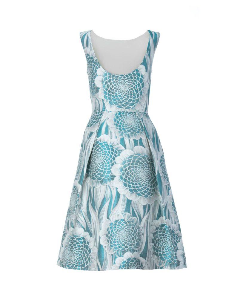 Vista de espalda del vestido midi jacquard