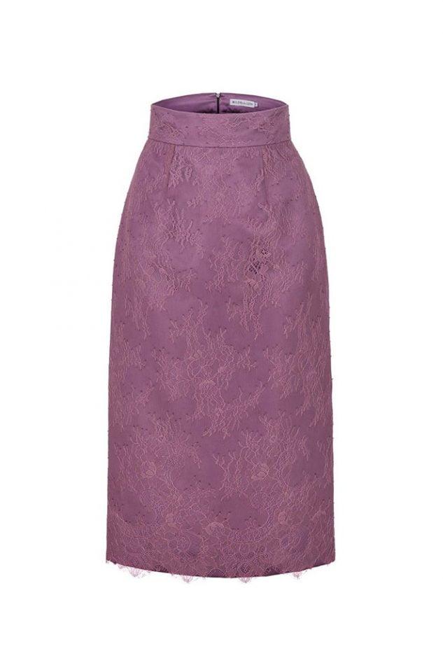 Vista frontal de falda tubo midi de encaje