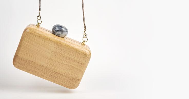 Clutch madera invertido