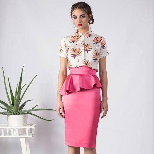 falda midi de tubo rosa