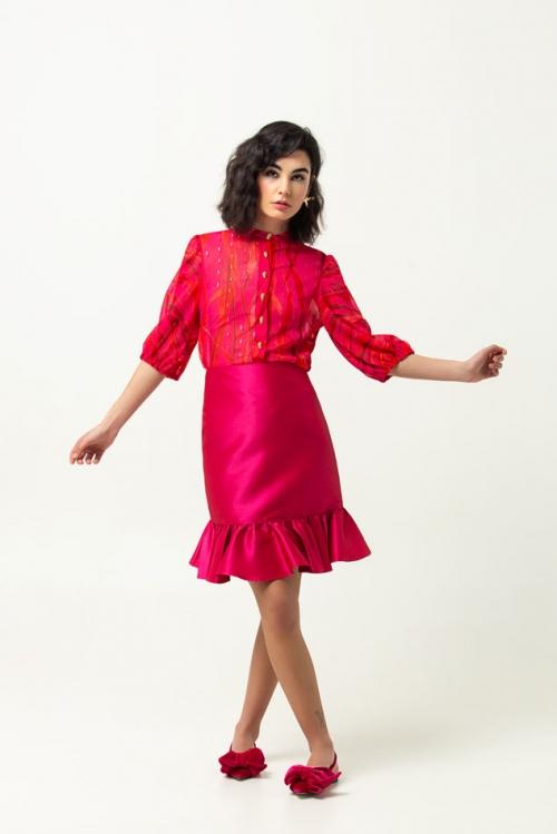 falda-marnie-blusa-mia-melena-de-leon-primavera-verano-2020-01
